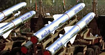 Vì sao Ấn Độ đưa cả một trung đoàn tên lửa tới biên giới với Trung Quốc?