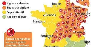 Nắng nóng cực độ, Pháp đóng cửa hai lò phản ứng hạt nhân