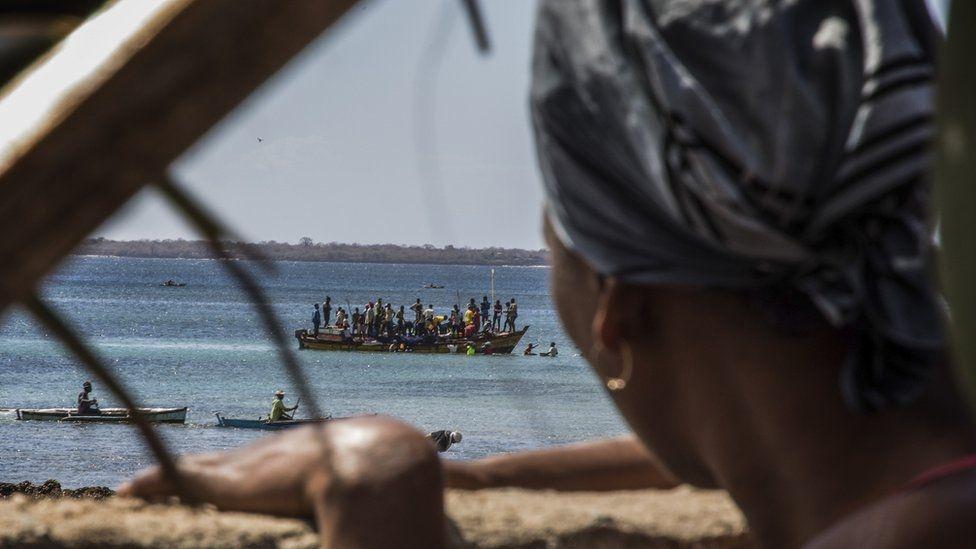 Mozambique: Quân khủng bố chiếm một cảng khí đốt quan trọng