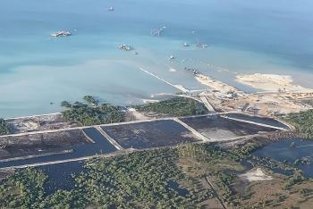 Total ký thỏa thuận với Mozambique để bảo vệ các cơ sở khí đốt