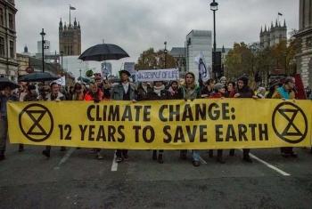 Na Uy: Biểu tình rầm rộ chống chính sách dầu mỏ