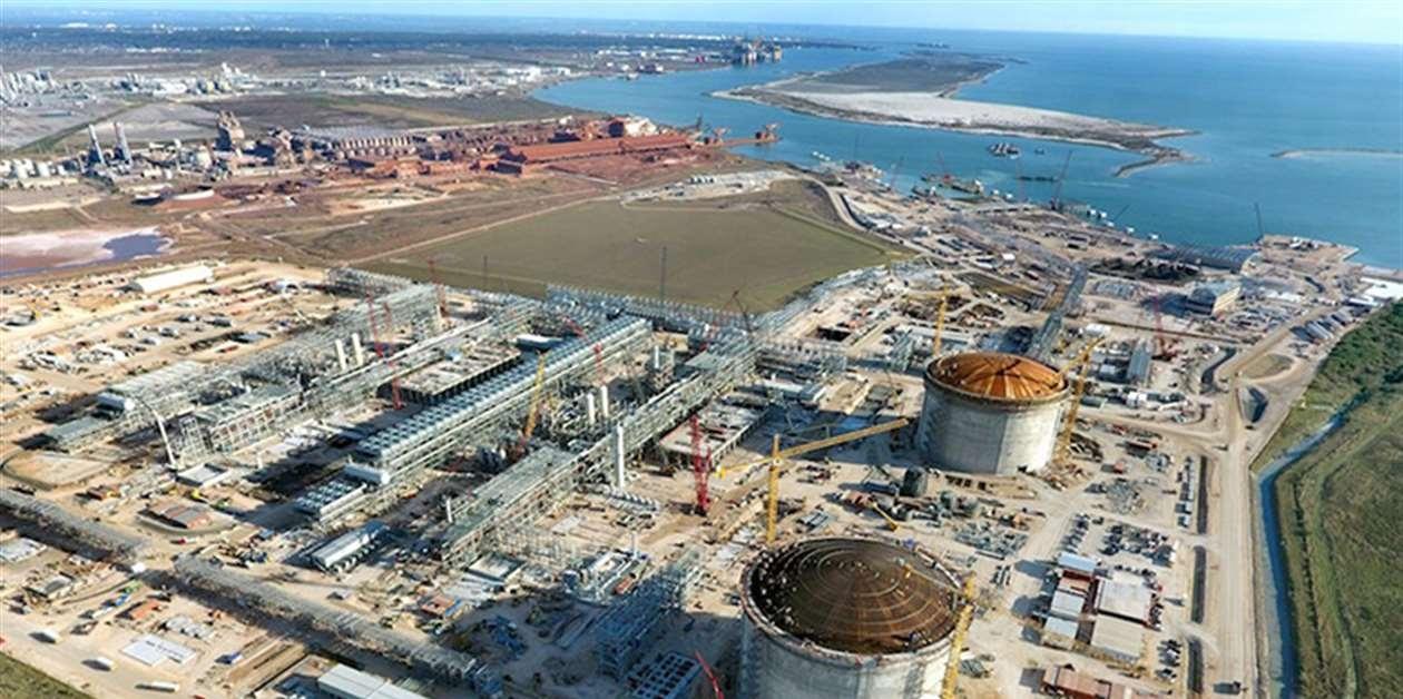 Dự án Mozambique LNG bị chậm tiến độ 18 tháng