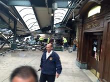 Tàu hỏa đâm sập nhà ga, hơn 100 người thương vong