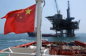 Dầu mỏ Iran: Trung Quốc tố cáo lệnh trừng phạt của Mỹ