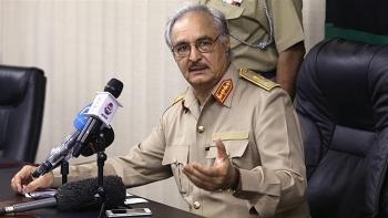 Libya: Tướng Haftar ra điều kiện dỡ bỏ lệnh phong tỏa đối với các mỏ dầu
