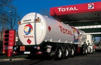 Giá dầu thô thấp, Total mất 93% lợi nhuận