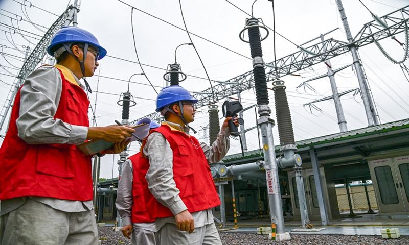 Trung Quốc khẩn cấp đối phó khủng hoảng điện