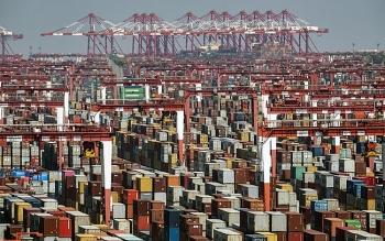 Thế giới trước nguy cơ thiếu hụt hàng hóa