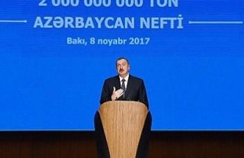 azerbaijan mung don tan dau thu 2 ty