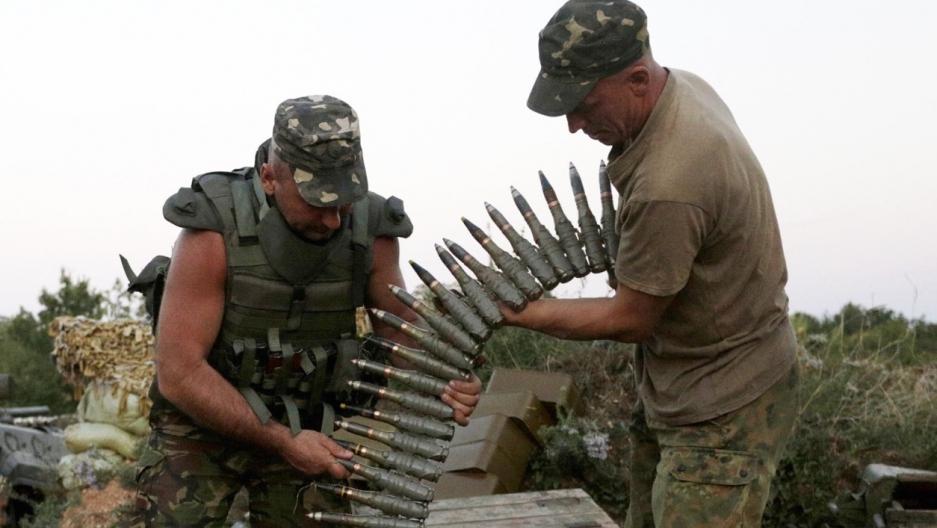 mien dong ukraine gia tang xung dot 4 linh kiev bi giet