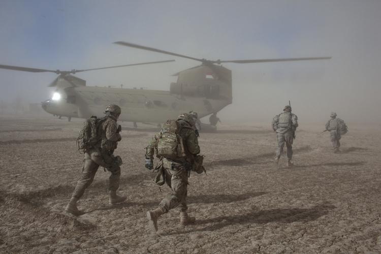 Mỹ rút khỏi Afghanistan theo Nga là một
