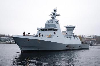 Israel nhận tàu chiến mới trong bối cảnh căng thẳng với Iran