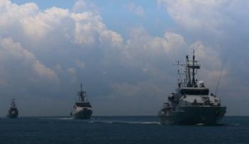 Tin tức thế giới 8/1: Indonesia triển khaitiêm kích, tàu chiến đến đảo gần Biển Đông