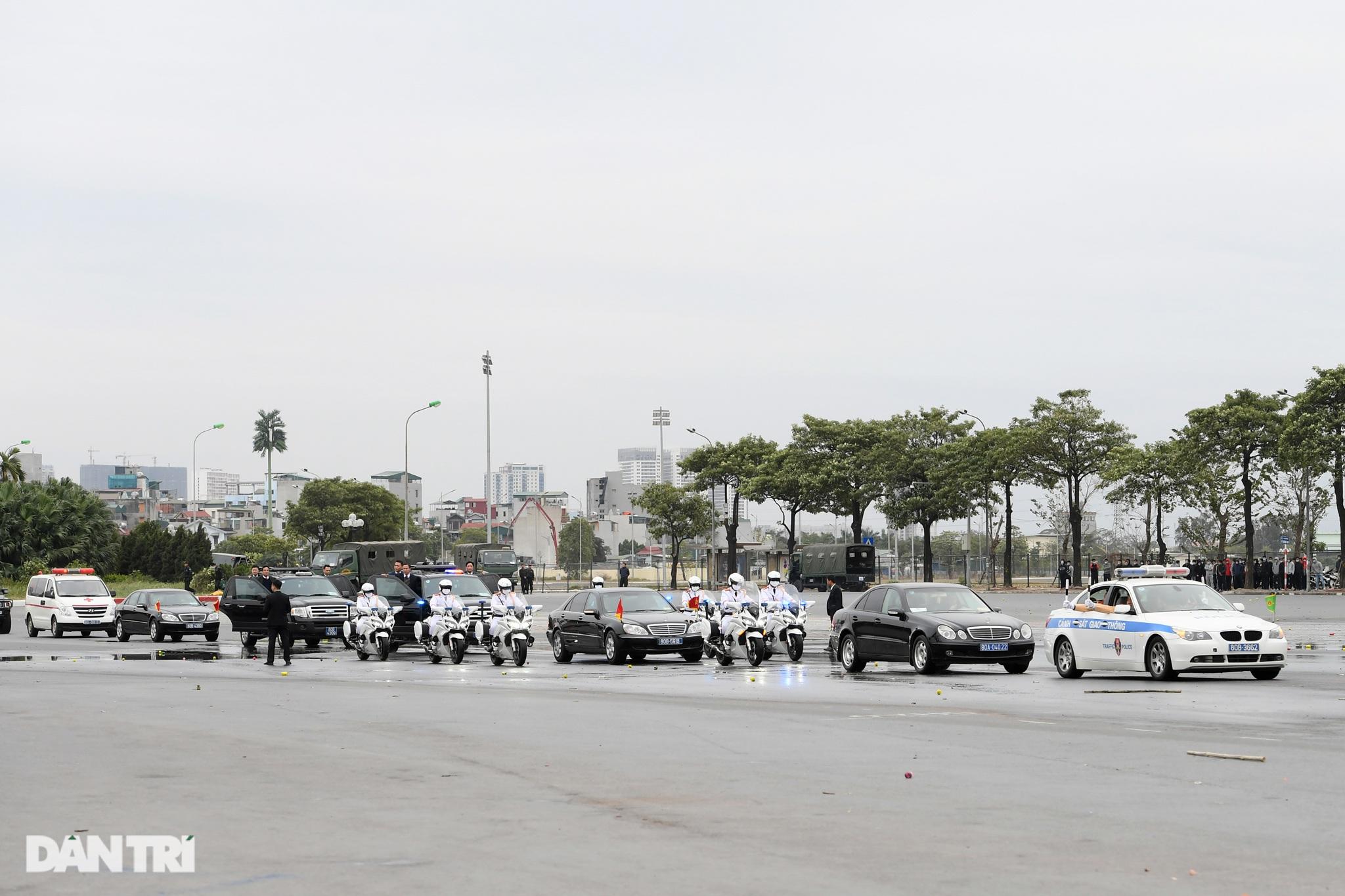 Diễn tập phòng chống khủng bố, bảo vệ nguyên thủ trước thềm Đại hội Đảng - 1