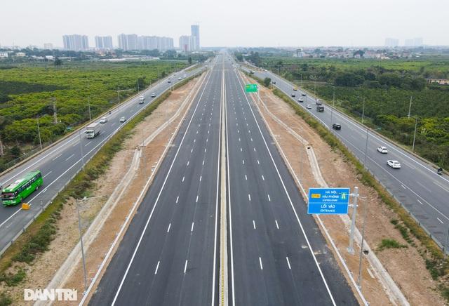 Thông xe nút giao 400 tỷ đồng nối cao tốc Hà Nội - Hải Phòng với Vành đai 3 - 6