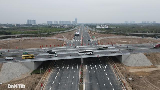 Thông xe nút giao 400 tỷ đồng nối cao tốc Hà Nội - Hải Phòng với Vành đai 3 - 5
