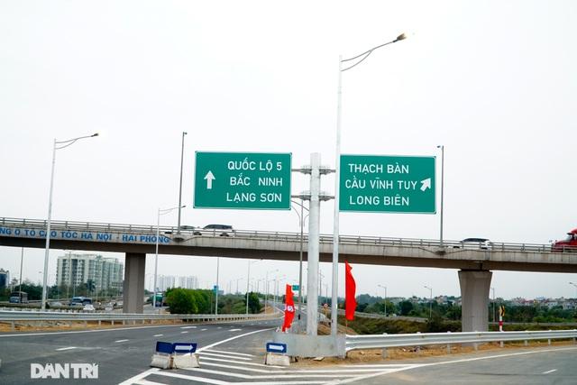 Thông xe nút giao 400 tỷ đồng nối cao tốc Hà Nội - Hải Phòng với Vành đai 3 - 10