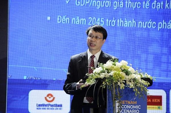 ông Trần Hồng Quang – Viện trưởng Viện chiến lược Phát triển, Bộ Kế hoạch và Đầu tư phát biểu tại Diễn đàn.
