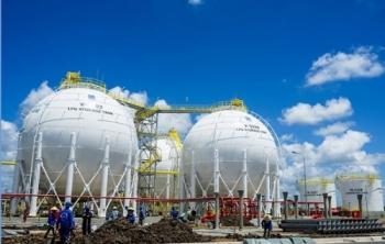 Cổ phiếu ngành Dầu khí nổi sóng trước thềm 2021
