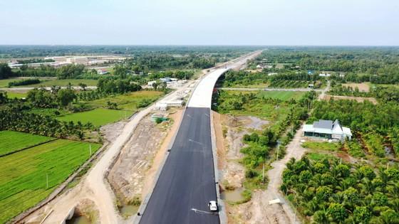 Chỉ lưu thông 1 chiều trên cao tốc Trung Lương - Mỹ Thuận dịp Tết 2021