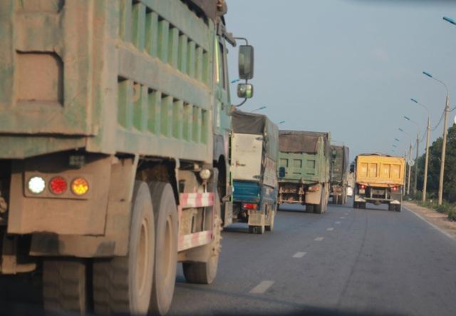 Hơn 14.000 xe quá tải bị xử lý, nộp phạt trên 160 tỷ đồng - 1