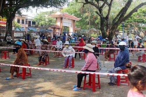 World Bank: Việt Nam cần đánh giá cẩn trọng về thời điểm gỡ bỏ các chính sách hỗ trợ vượt COVID-19