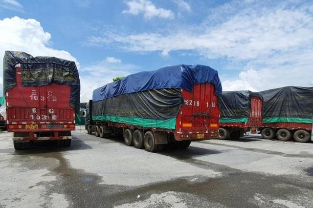 Vì sao hơn 3 tháng chưa kiểm đếm xong 100 xe hàng lậu Trung Quốc? - 1
