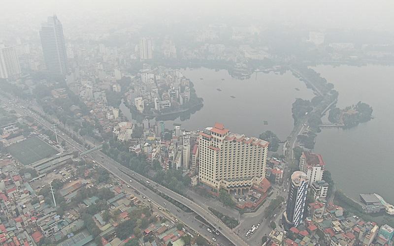 Theo các chuyên gia, việc dán nhãn sinh thái thân thiện với môi trường là cần thiết để kiểm soát ô nhiễm môi trường không khí - Ảnh: TTXVN