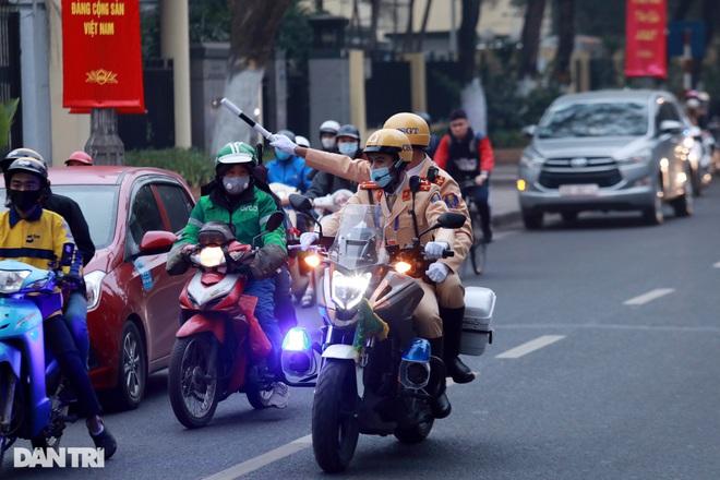 Các lực lượng đảm bảo an toàn tuyệt đối Đoàn đại biểu dự Đại hội Đảng XIII - 11