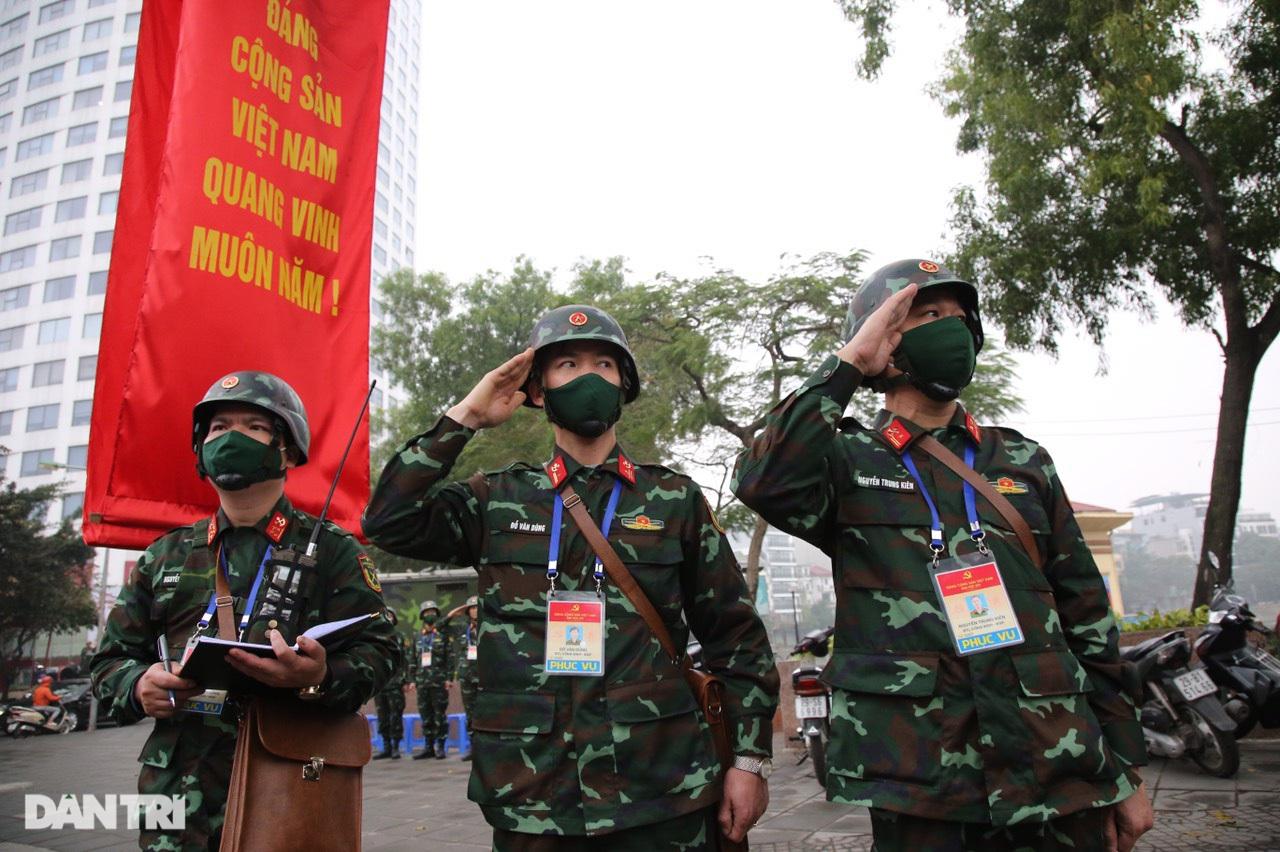 Các lực lượng đảm bảo an toàn tuyệt đối Đoàn đại biểu dự Đại hội Đảng XIII - 19