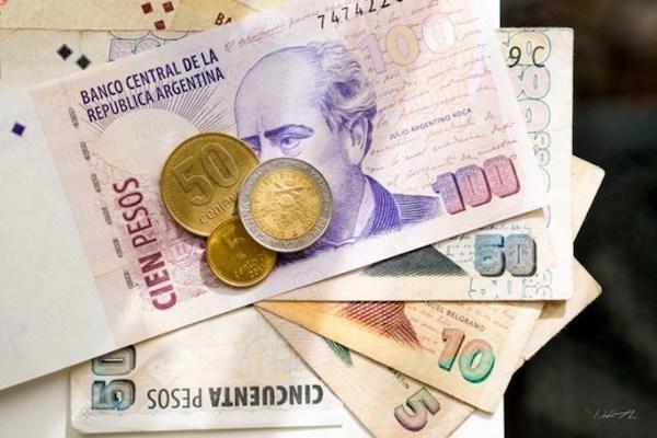Với việc đồng peso rơi tự do, một số doanh nhân ở nước ngoài đang nhìn thấy cơ hội để tiếp nhận một giải pháp dựa trên công nghệ có thể cung cấp giải pháp thay thế để giúp nông dân vượt qua khó khăn kinh tế kéo dài của Argentina