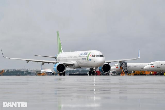 Hủy chuyến tới Vân Đồn 15 ngày, siết chặt kiểm dịch đường bay Hải Phòng - 1