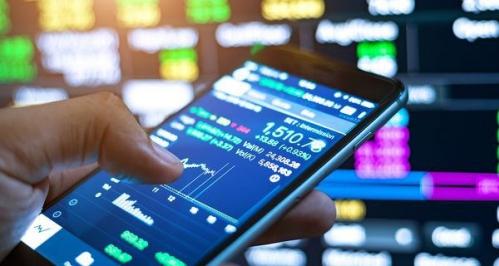 """Chứng khoán """"bốc hơi"""" 15,8 tỷ USD/ phiên, cổ phiếu tài chính còn cơ hội gượng lại?"""