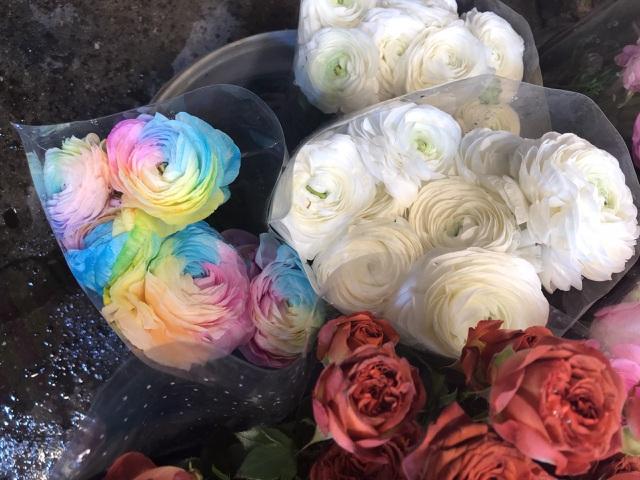 Chợ hoa Tết sầm uất nhất Hà Nội vắng chưa từng có vì dịch Covid-19 - 3