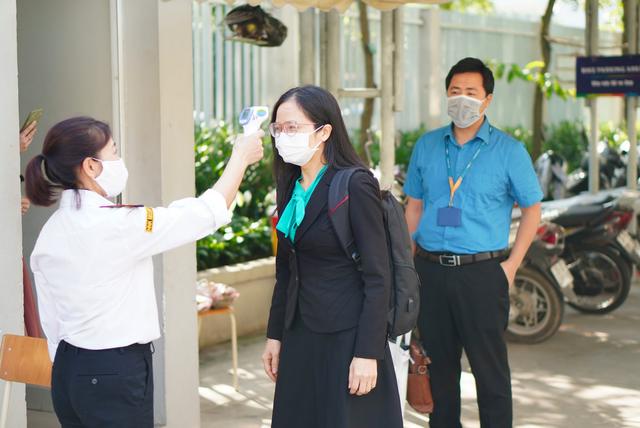 Toàn bộ học sinh Hà Nội nghỉ học từ ngày mai 1/2 - 1