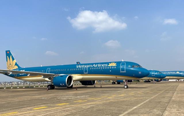 Cao điểm Tết tại Tân Sơn Nhất có 26 chuyến bay cất cánh mỗi giờ - 1