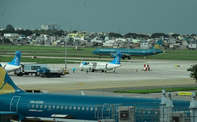 Cao điểm Tết tại Tân Sơn Nhất có 26 chuyến bay cất cánh mỗi giờ - 2