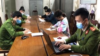 Công an Hà Đông xử phạt 64 triệu với người không đeo khẩu trang nơi công cộng