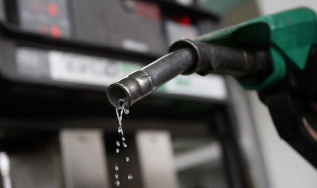 Nới cửa thị trường xăng dầu có vốn ngoại: Không cho, lo DN đi đêm! - 1
