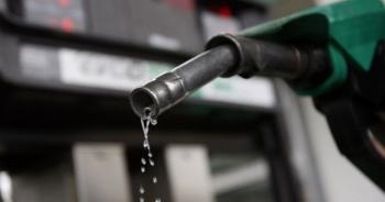 """""""Nới cửa"""" thị trường xăng dầu có vốn ngoại: Không cho, lo DN """"đi đêm""""!"""