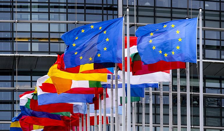 """Với chính sách thương mại mới, EU muốn """"tự chủ"""" và """"mở rộng""""."""