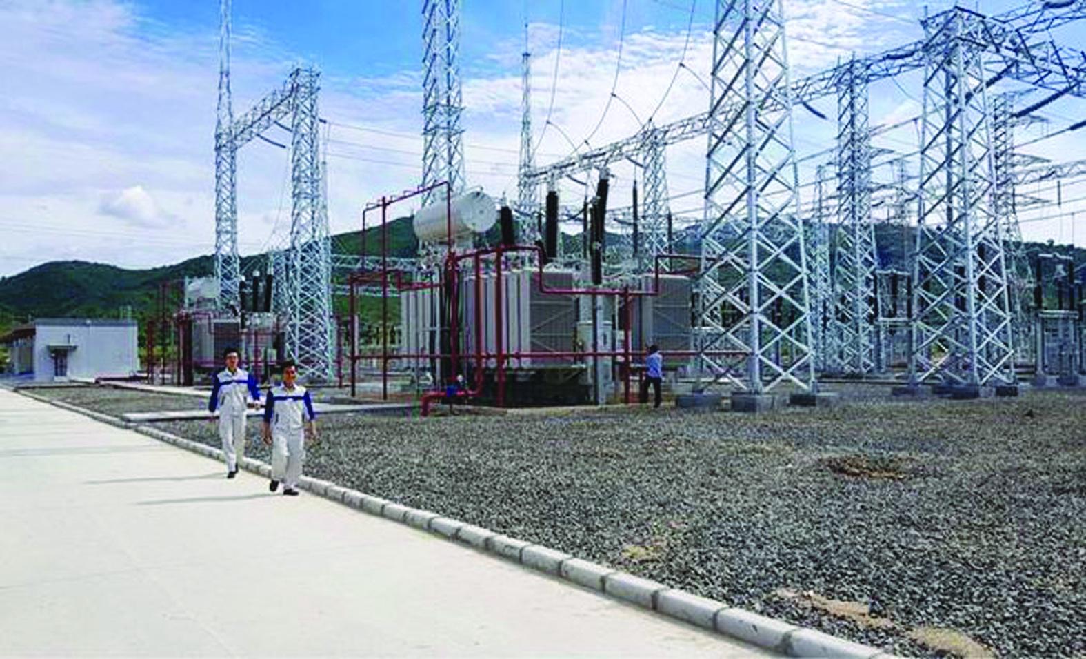 Việc bị buộc cắt giảm công suất điện mặt trời tạo sự bất an cho nhà đầu tư về rủi ro chính sách. Ảnh: Nhà máy điện mặt trời Hòa Hội, tỉnh Phú Yên.