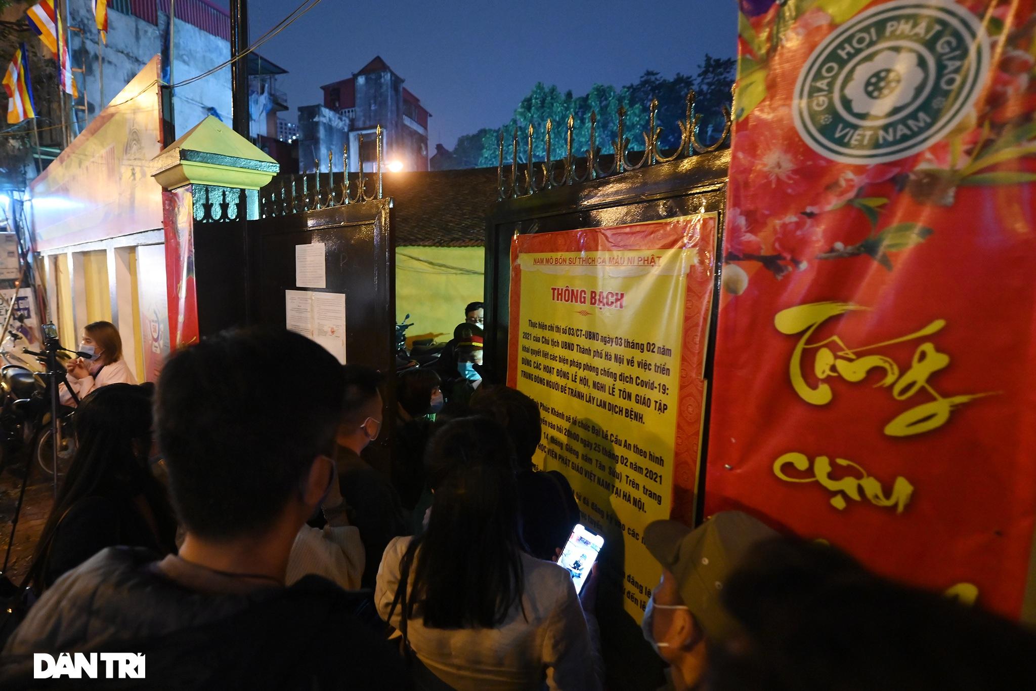 Lễ cầu an online chùa Phúc Khánh: Một mình giữa đường cúng dường chư Phật - 2