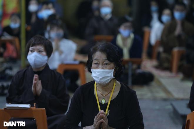 Lễ cầu an online chùa Phúc Khánh: Một mình giữa đường cúng dường chư Phật - 16