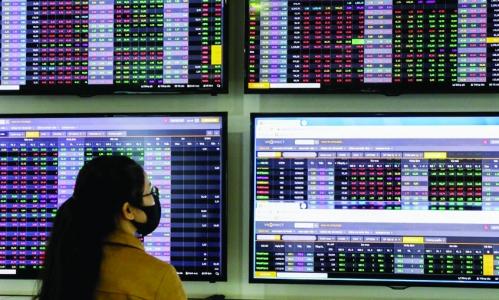 Chứng khoán: Đón cơ hội khi thị trường điều chỉnh