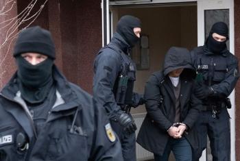 Tin tức thế giới 4/3: Đức phá đường dây người Việt nhập cảnh trái phép, bắt 6 nghi phạm