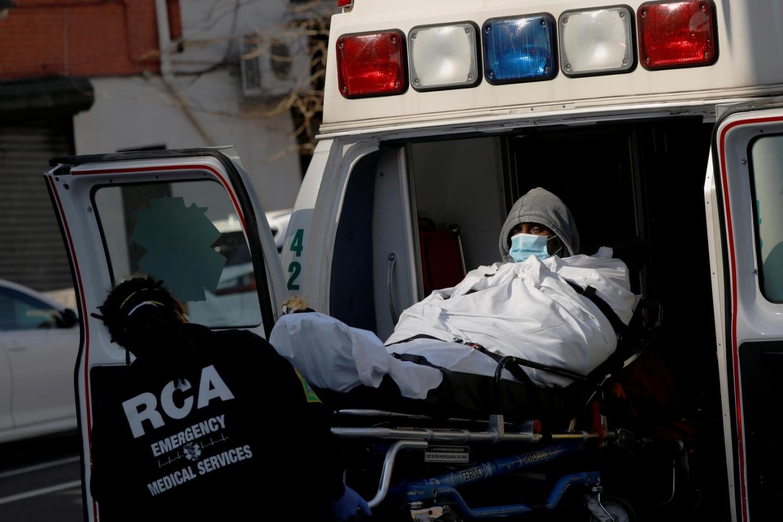 Tin tức thế giới 31/3: Mỹ điều trị những ca Covid-19 nặng bằng huyết tương của người bệnh đã được chữa khỏi