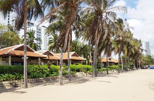 Lại nóng chuyện di dời các nhà hàng chắn biển Nha Trang - 4