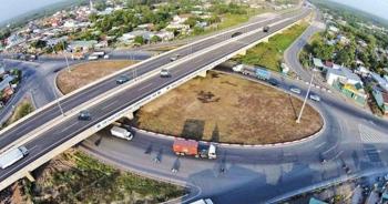 """Hai dự án cao tốc Bắc - Nam ''trắng tay"""" sau mời thầu khởi công vào tháng 6"""