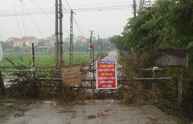 Phong tỏa thôn 400 hộ dân ở Hải Dương vì có ca nghi nhiễm Covid-19 - 1